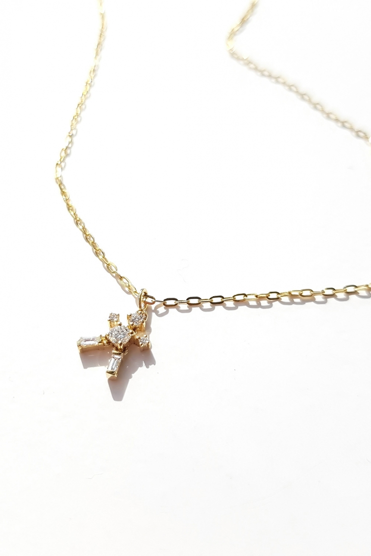 Little Man gold necklace