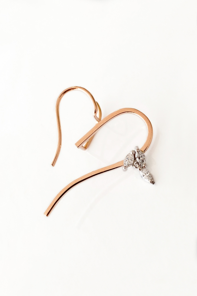 Heartbreaker Diamonds gold earring